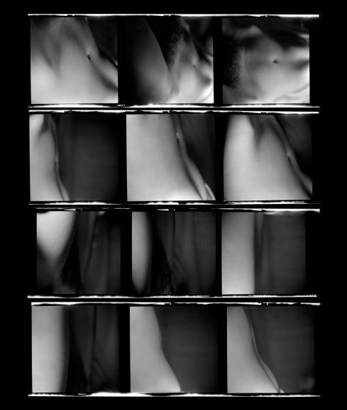 Fotografia de Ernesto de Sousa,1972-1975/ Prova de contacto6x6cm. Rolo Ilford HP4 Panchromatic Hypersensitive. Copyright CEMES. Impressãoa Jacto de Tinta 8 cores HPem papel HP Premium Instant-dry, 29x24,5cm, 2014